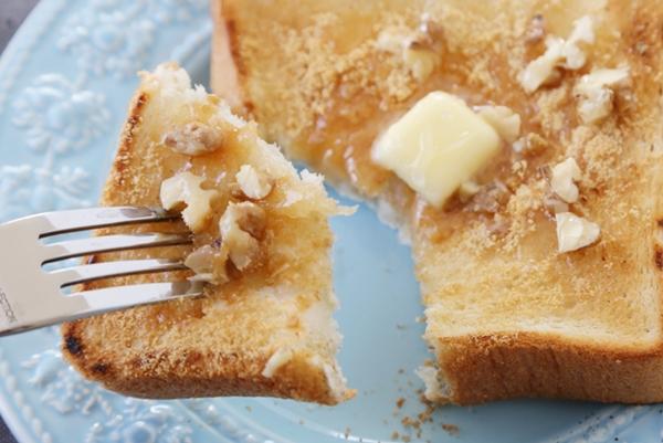 きな粉ハチミツトースト