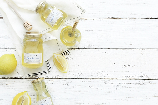 即効性 抜群の朝食ですよん★ ハチミツとレモンと 〇〇〇ジュースです!